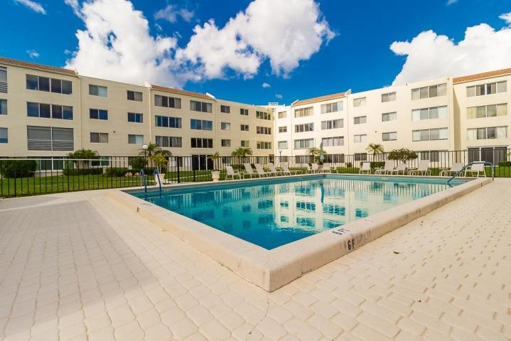 Gramercy Pool in Lake Worth