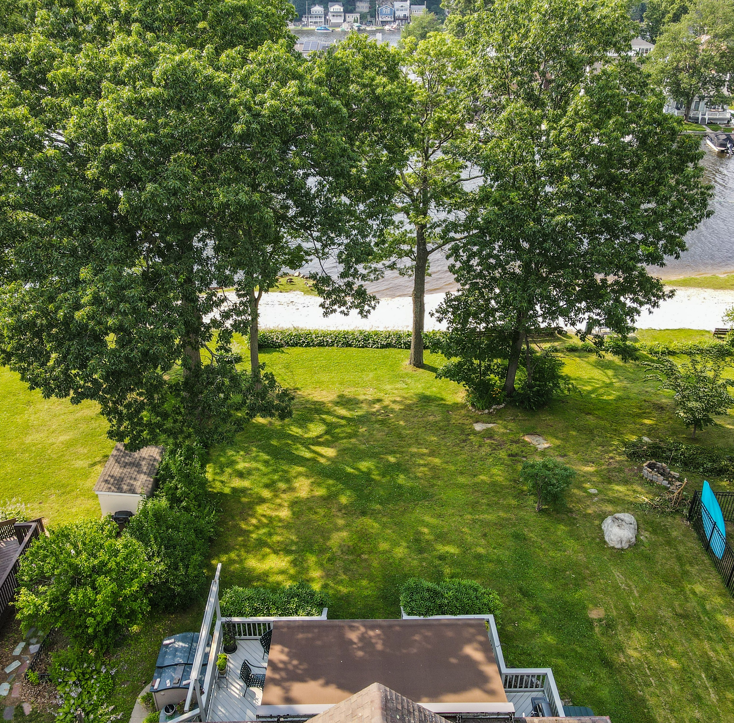 Lakefront home for sale with level yard in Lake Hopatcong NJ