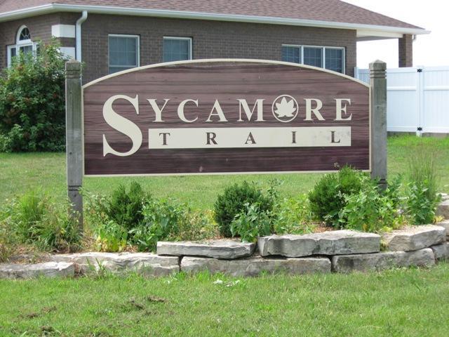 Sycamore Trail Entrance