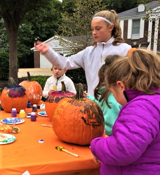 Things for kids to do in Chesterfield, Clarkson Woods, Chesterfield, pumpkin fun, Dana Tippit, REMAX