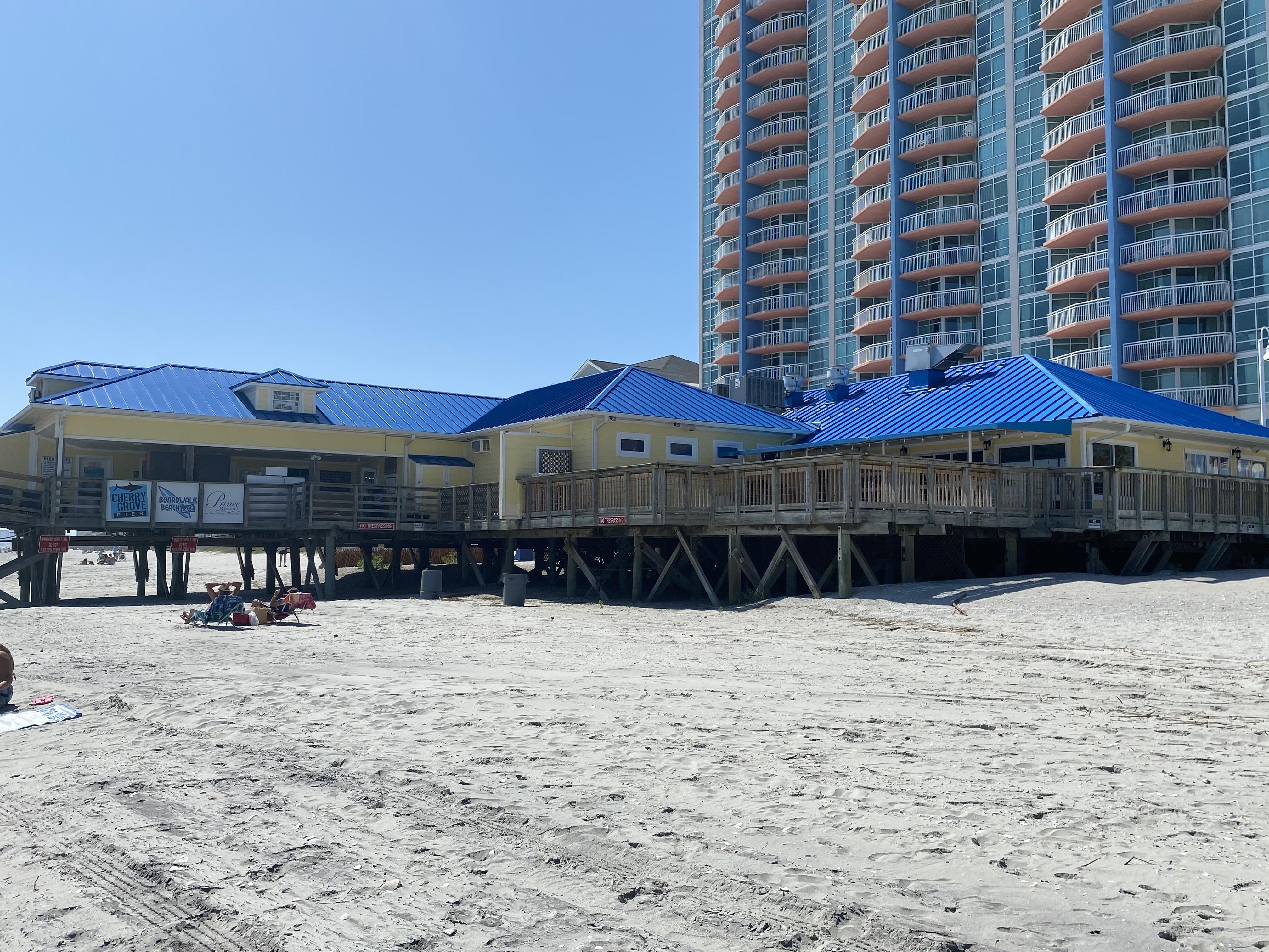 Boardwalk Beach Cafe - Cherry Grove Pier