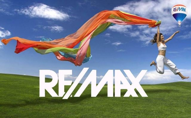 Perfect RE/Max Summer Day