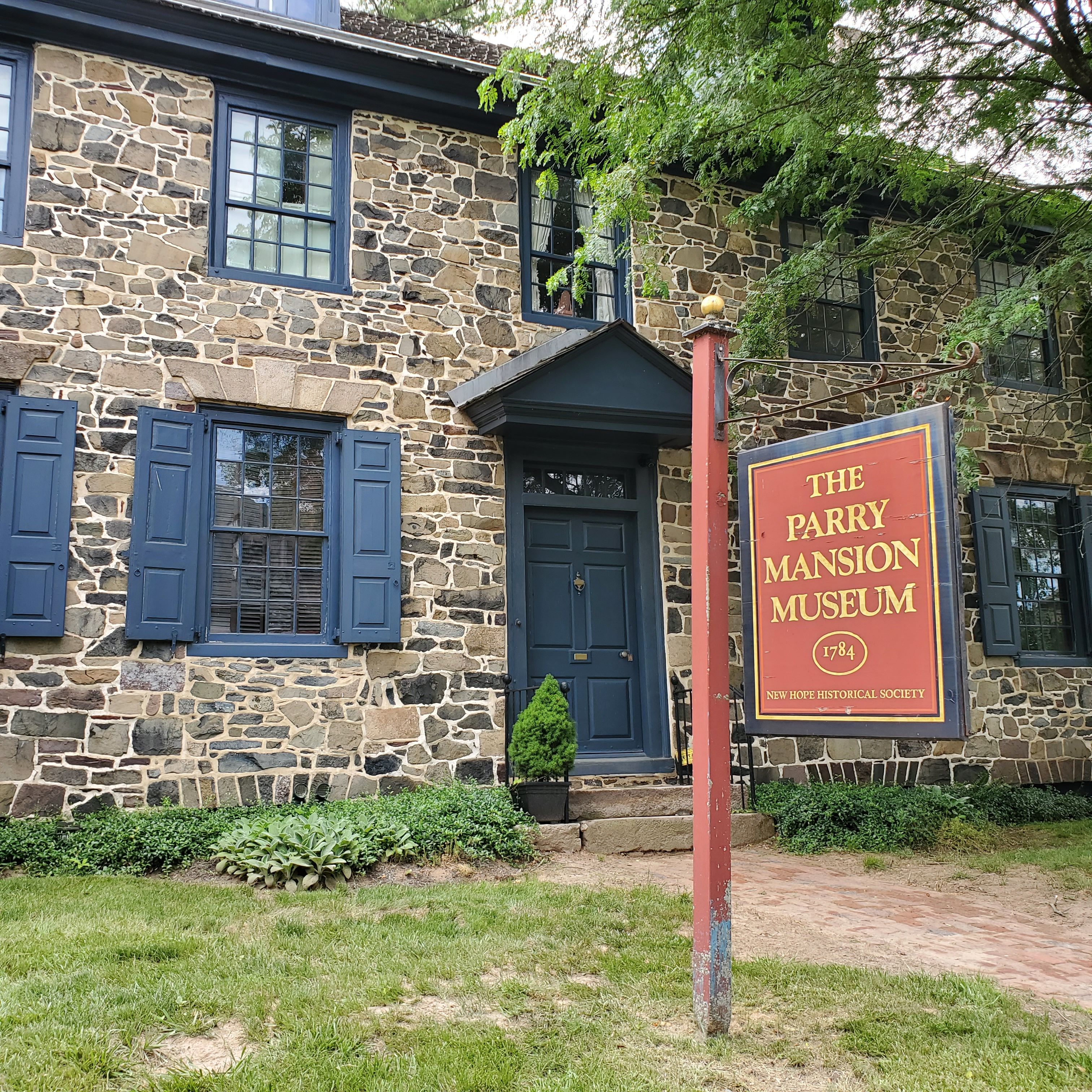 The Parry Mansion Museum